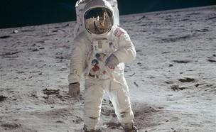 אסטרונאוט (צילום: Twitter/Jose_Antonio_G)