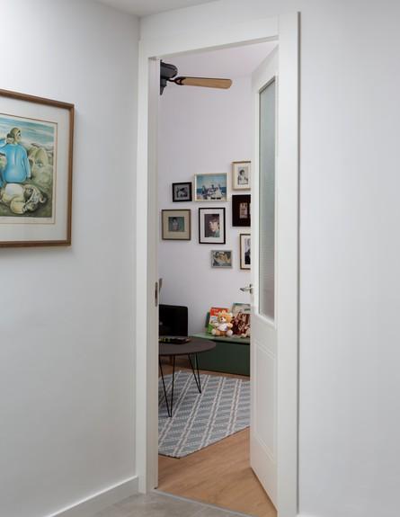 משפחת עזר, ג, עיצוב אלברט אסקולה, חדר אורחים (19)