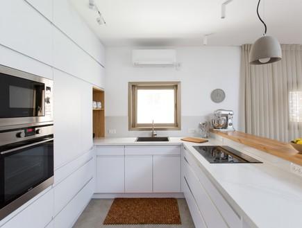 משפחת עזר, עיצוב אלברט אסקולה, מטבח (12)