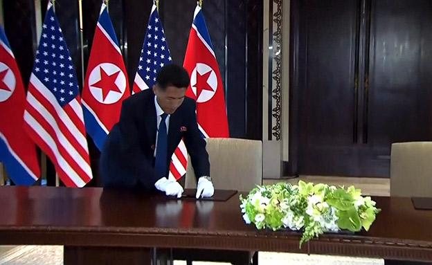 הכנות לפני החתימה, קים וטראמפ (צילום: רויטרס, חדשות)