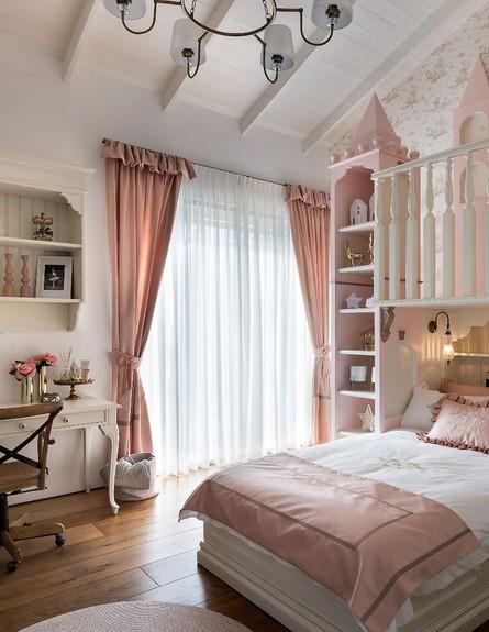 חדר מהאגדות, ג, עיצוב קרן ניב טולדנו, מיטה - 18 (צילום: עמית גושר)
