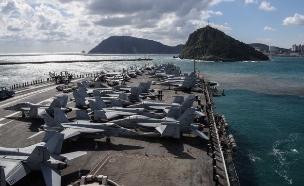 נושאות מטוסים בחצי האי הקוריאני (צילום: רויטרס, חדשות)