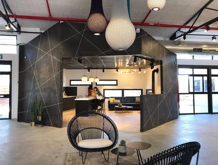 משרדים יפים, אייטם 1 - 4 (צילום: ליאור דנצינג )