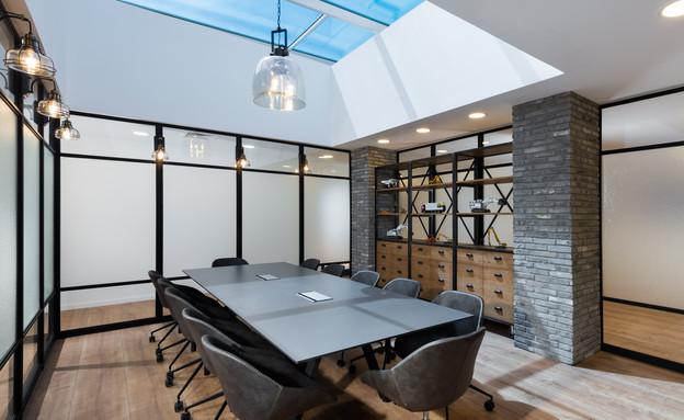משרדים יפים, אייטם 8 - 5 (צילום: רגב כלף)