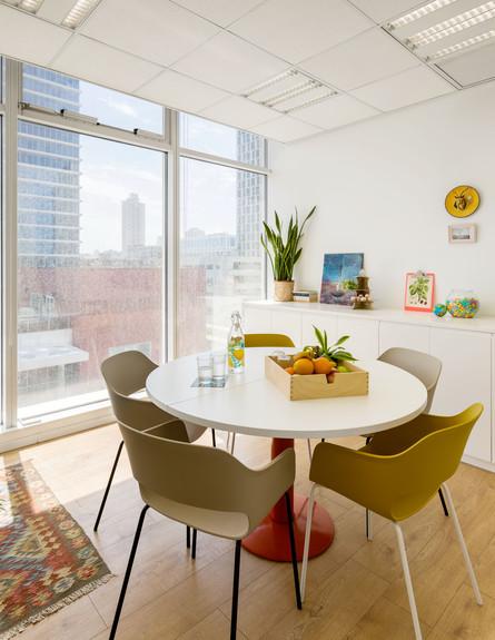 משרדים יפים, ג, אייטם 6 - 3 (צילום: אייל תגר)