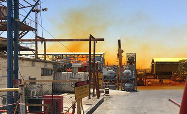 עננת הברום במפעלי ים המלח (צילום: חדשות)