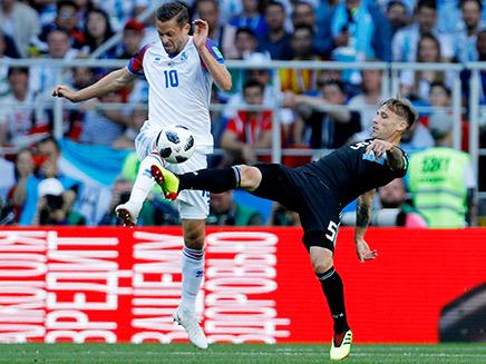 אכזבה גדולה תיקו 1:1 ארגנטינה איסלנד