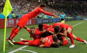 אנגליה חוגגת, הערב (צילום: AP, חדשות)