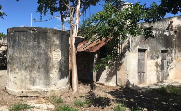 בית במקסיקו, לפני השיפוץ - 3 (צילום: Punto Arquitectónico)