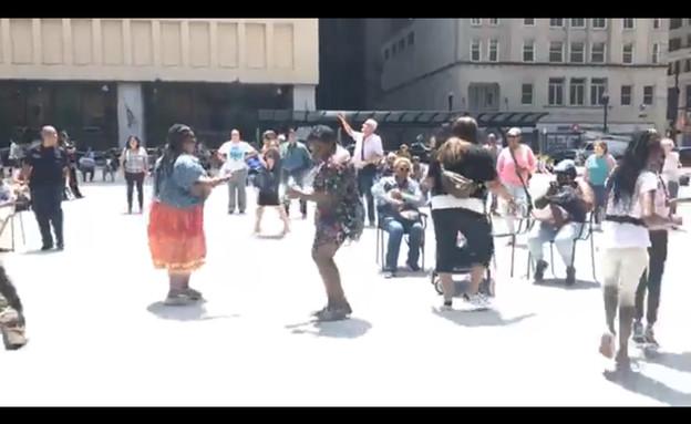 מסיבות צהריים בשיקאגו (צילום: מתוך עמוד הפייסבוק של CBS Chicago)