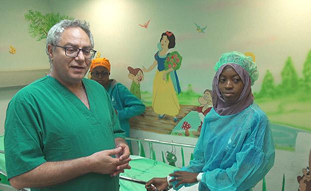 המפגש בין תמימה לרופא שהציל אותה (צילום: החדשות)