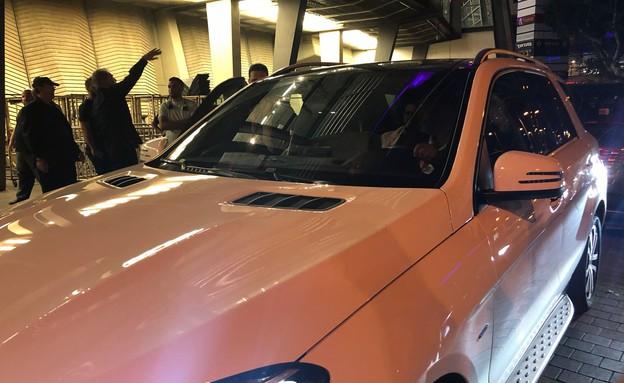 רינגו סטאר במכונית (צילום:  גל אוחובסקי)