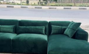 """איפה באמת מיוצרים הרהיטים מחו""""ל? (צילום: מתוך """"חדשות הבוקר"""" , קשת 12)"""