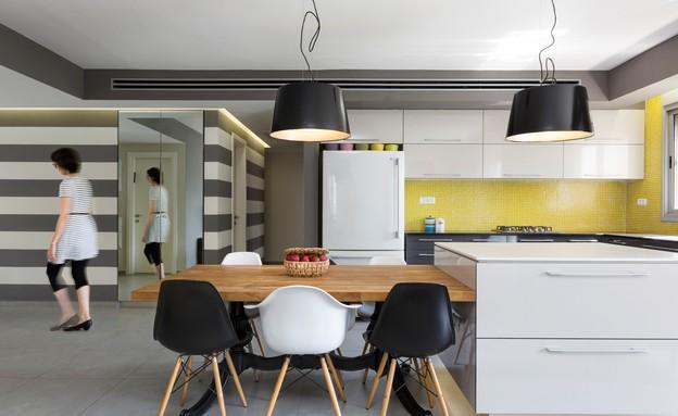 מטבחים צבעוניים, 9 עיצוב טוביה פנפיל (צילום: נדב פקט)
