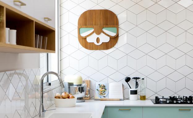 מטבחים צבעוניים, 1 עיצוב רוית רזניק ומעיין מנור (צילום: שירן כרמל)
