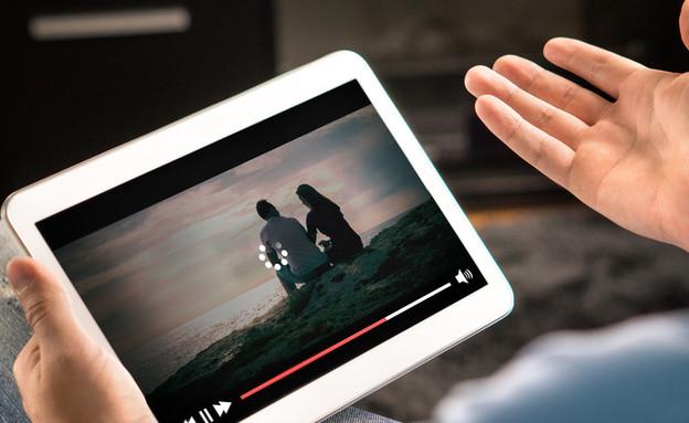 אינטרנט, יוטיוב, טאבלט (צילום: Tero Vesalainen, ShutterStock)