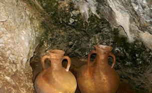 צפו: חילוץ הכלים העתיקים בצפון (צילום: ינון שבטיאל, חדשות)
