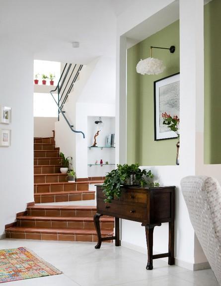 קריית חיים, ג, עיצוב דניאלה גלבוע, מדרגות (צילום: שירן כרמל)