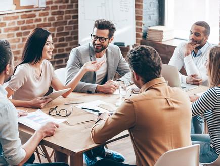 מה באמת לומדים בתואר שני במנהל עסקים?