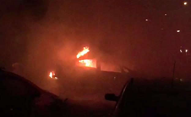 הרכב של קורקוס אחרי הפיצוץ (צילום: חדשות)