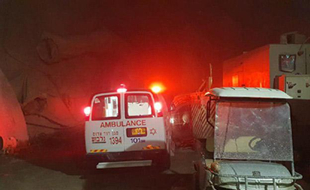 """הפצועים הועברו לבי""""ח העמק בעפולה (צילום: איציק סיבוני, חדשות)"""