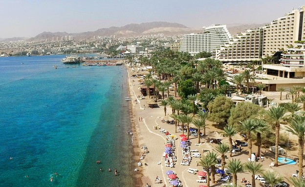 בתי מלון על חוף הים באילת (צילום: משה שי, פלאש 90)