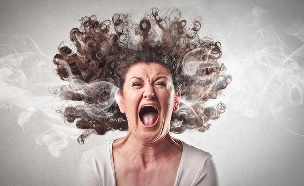 אישה מתחרפנת (צילום: Ollyy, shutterstock)