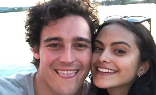 קמילה מנדס והחבר החדש (צילום: צילום מסך, מתוך instagram)