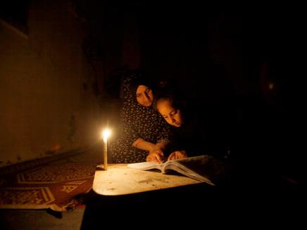 4 שעות חשמל ביום (ארכיון) (צילום: רויטרס, חדשות)