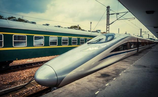 רכבת מהירה (צילום: zhu difeng, shutterstock)