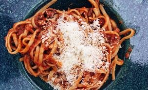 פסטה טרייה ברוטב עגבניות (צילום: Dulin, ShutterStock)