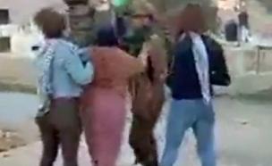 ערות מציקות לחיילים בנבי סאלח (צילום: חדשות)