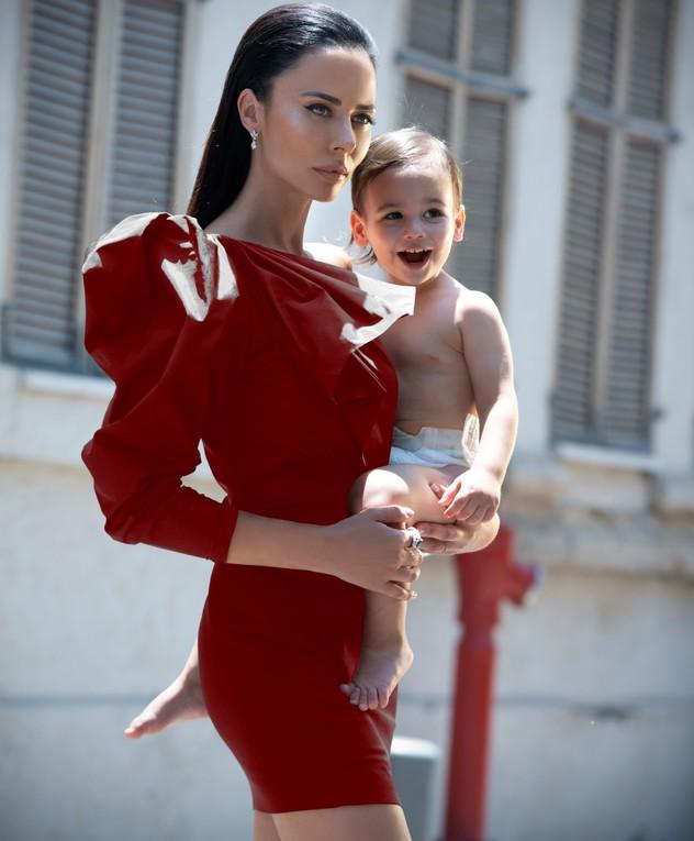 מרינה קבישר שעשוע ורפאל בן השנה ושמונה חודשים