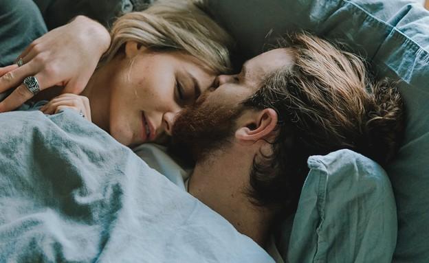 חלומות, להגביר רגשות אהבה ואינטימיות (צילום: toa-heftiba-on-unsplash)