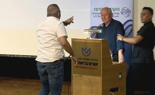 אבי דיכטר הותקף ע''י פעיל דרוזי (צילום: חדשות)