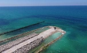 המכשול הימי שנבנה בגבול עזה (צילום: אגף דוברות והסברה במשרד הביטחון, חדשות)