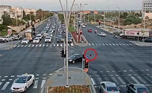 רגע לפני אסון באשדוד: התקרית הדרמטית תועדה (צילום: עיריית אשדוד, חדשות)