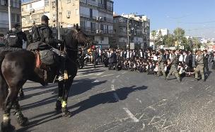 """""""גזירות שמד"""" - מחאת הגיוס נמשכת (צילום: חדשות)"""