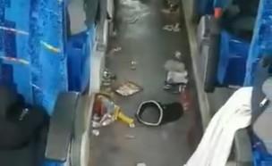 אוטובוס מטונף (צילום: צילום מסך)