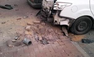 פגיעה בשדרות אתמול (צילום: שי אלבז, חדשות)