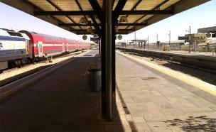 שאטלים יופעלו עבור נוסעי הרכבת (צילום: מיכה שמילוביץ', חדשות 2)