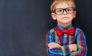 סימנים שהילד צריך משקפיים - תמונה ראשית (צילום: shutterstock By Dima Sidelnikov)
