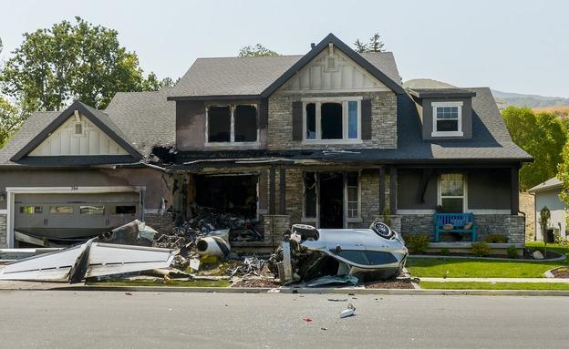 גבר ביוטה ריסק מטוס לתוך ביתו (צילום: AP, חדשות)