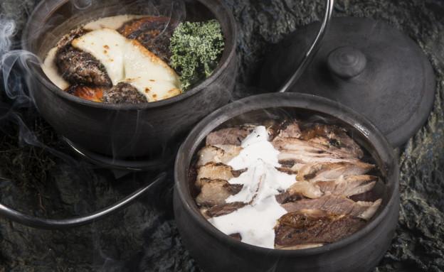 זאדה - קדירת קבב טלה וקדירת נתחי טלה בבישול ארוך (צילום: איליה מלניקוב, יחסי ציבור)