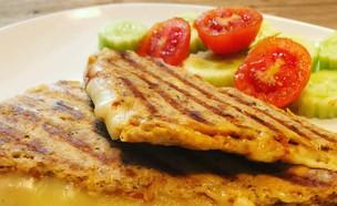 טוסט טונה, דיאטת 17 הימים (צילום: לידור רז כהן, אוכל טוב)
