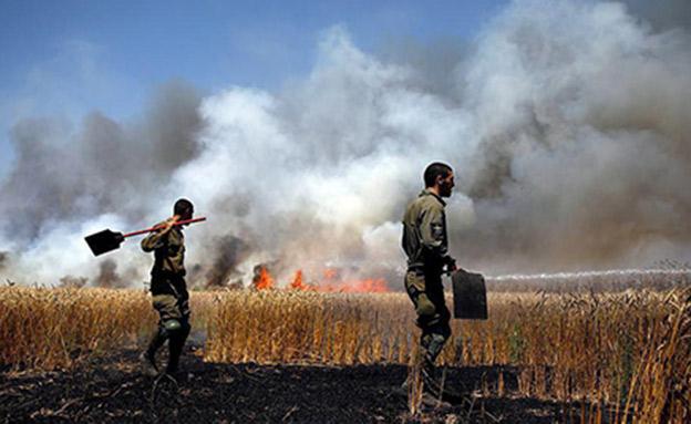 שרפה מבלון תבערה (צילום: אלי כהן דובר כבאות מחוז דרום, חדשות)