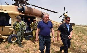 """אביגדור ליברמן בסיור באוגדת איו""""ש (צילום: אריאל חרמוני- משרד הביטחון, חדשות)"""