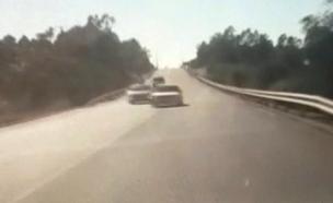 """כביש הדמים: """"אי אפשר לברוח"""" (צילום: מתוך מצלמת רכב , חדשות)"""