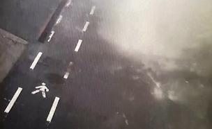 תיעוד חדש מקריסת הגשר באיטליה (צילום: רויטרס, חדשות)