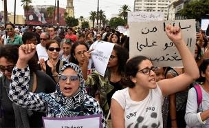 אלפי האזרחים ברחובות מרוקו (צילום: Sky News, חדשות)